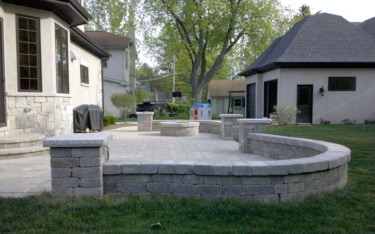 Superbe Unilock Paver Patio